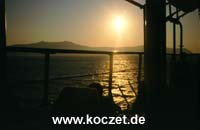 Sonnenuntergang vor Santorini